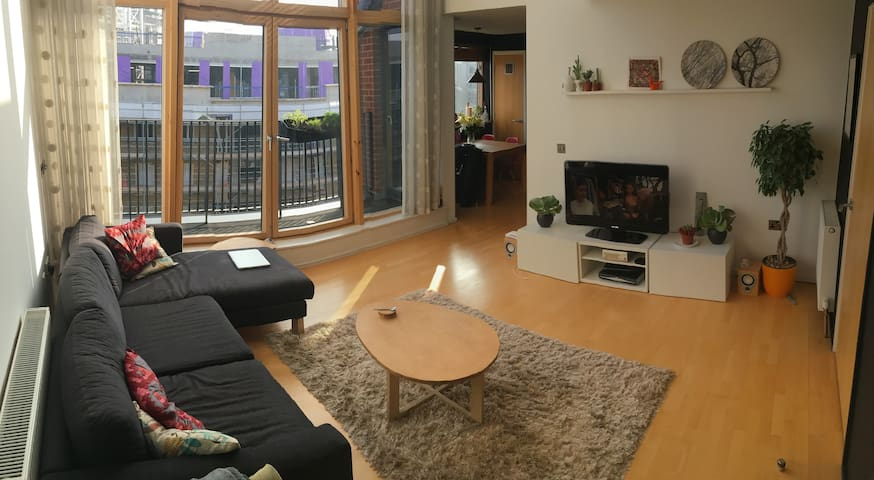 3 Bed Luxury Penthouse Apartment - London - Apartment