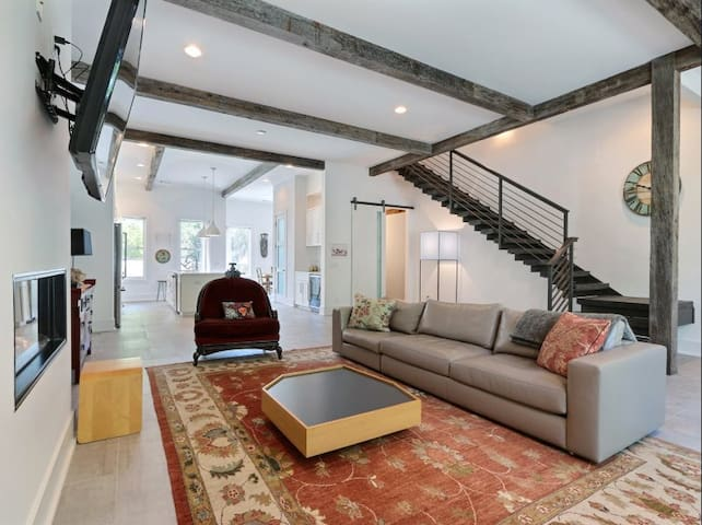 High-end Contemporary Historic District Home
