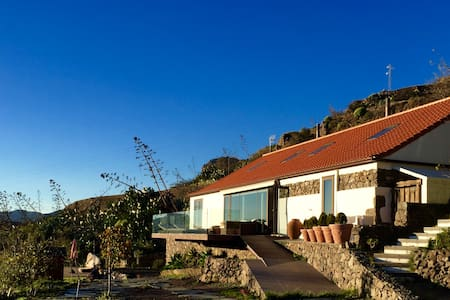 House in the heart of the island - Tejeda - Hus