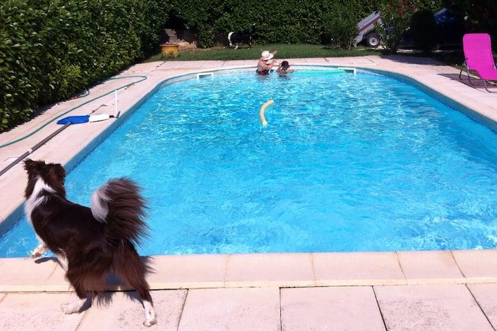 Villa vacance avec piscine près du Pont du Gard