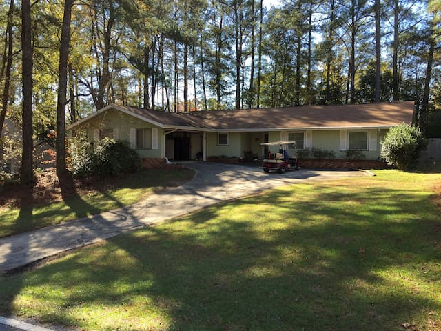 All Inclusive home for 6 - Peachtree City - Huis