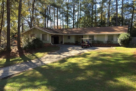 All Inclusive home for 6 - Peachtree City - Hus