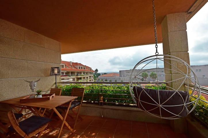 Apartment - 4 Bedrooms with Pool and Sea views - 106648