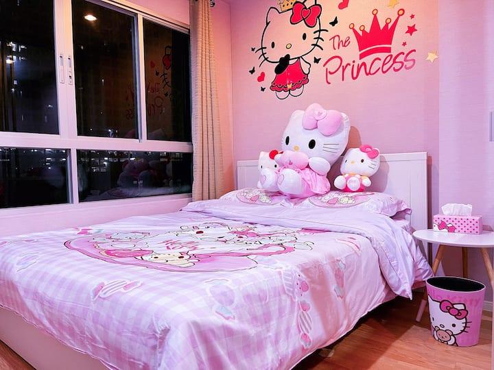 Hallo Kitty Style Pink Condo at Ramkhamhaeng
