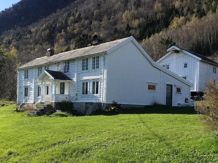 Hyggelig hus i vakre Romsdalen