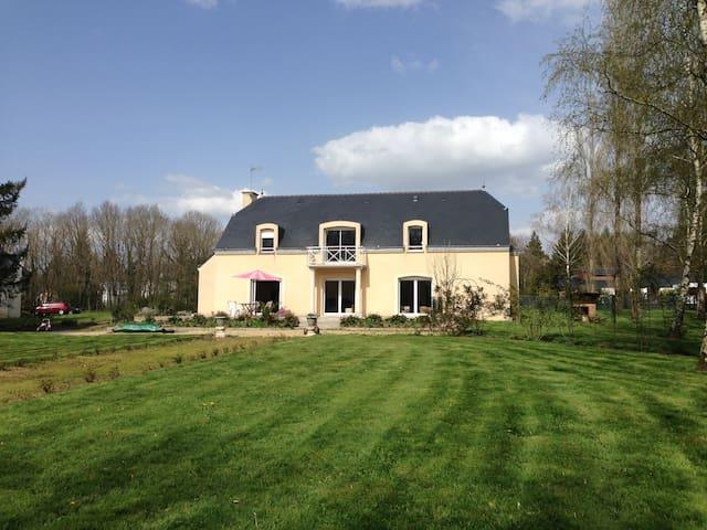 Villa avec sauna et piscine privés - Plesse