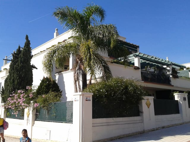 Hermoso piso en alquiler vacaciones - Marbella - Byt