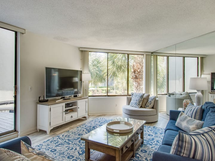 223 Shorewood Two Level Townhome, Steps to the Beach with Partial Ocean Views