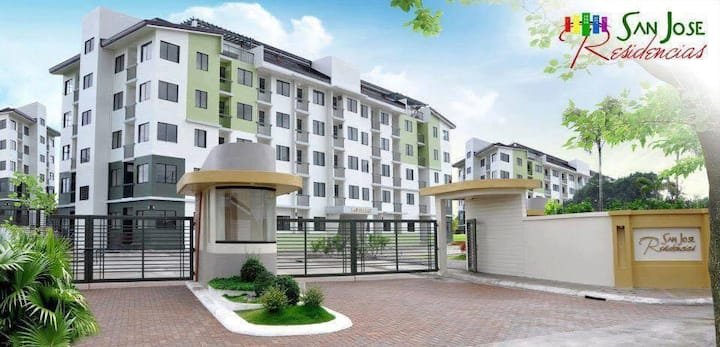 Citrine Condo near Enchanted Kingdom