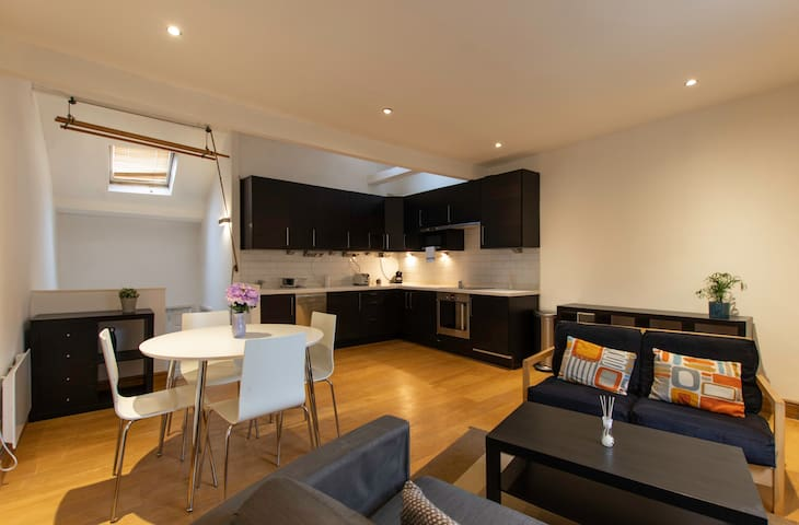 Super centrally located one bed apartment