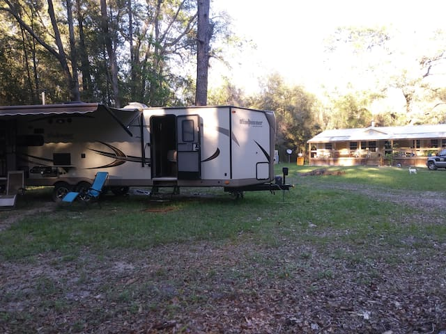 RV in High Springs, Florida for up to 4 guests