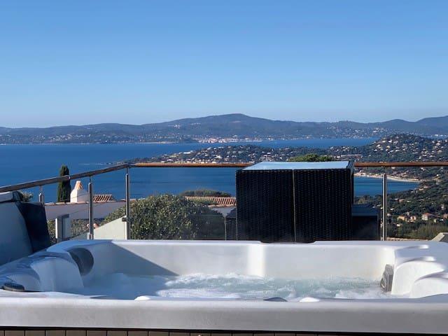 Villa vue mer panoramique piscine chauffée