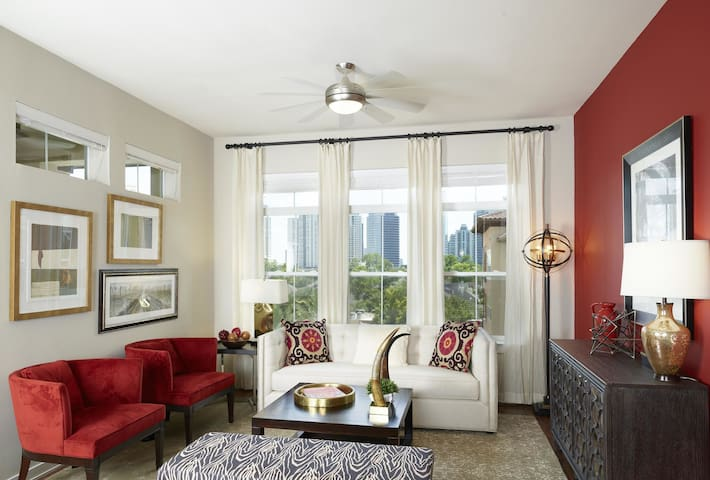 Professionally managed apt | 2BR in Houston