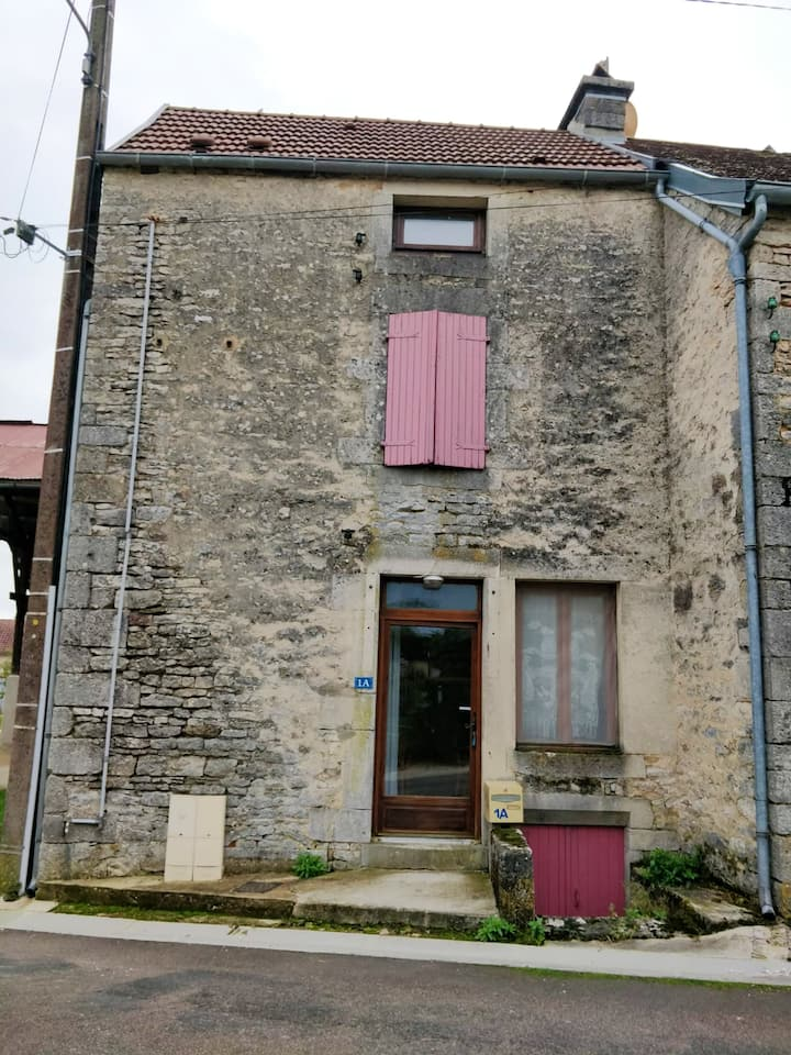 House with one bedroom in Échalot, with WiFi