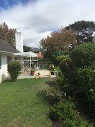Garden flat with private pool - Cape Town - Daire