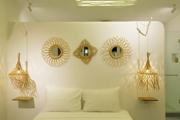 Bingin Beach Elegantly Tropical Bungalow Resort