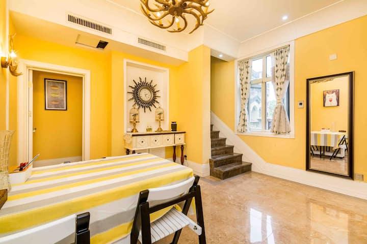 尚隐居-欧式独栋别墅  ,提供阿那亚和阿卡小镇业主卡 ,尊享私属海滩 。高品质民宿 ,开满鲜花的小院