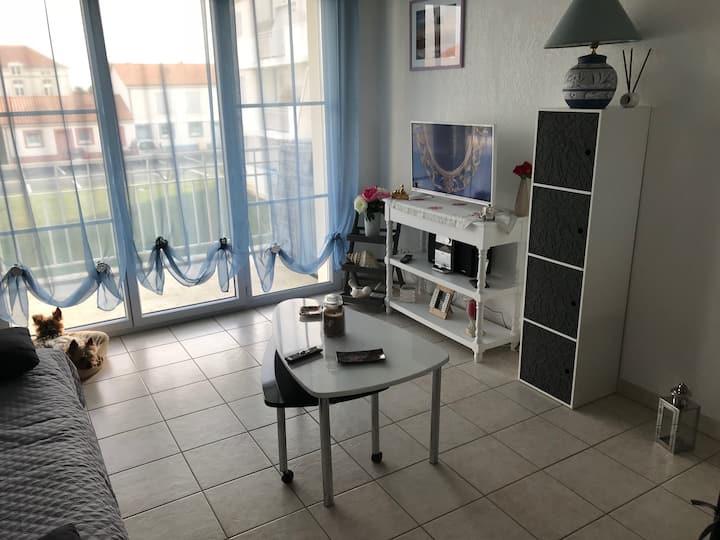 Appartement 42 m2 avec piscine centrale