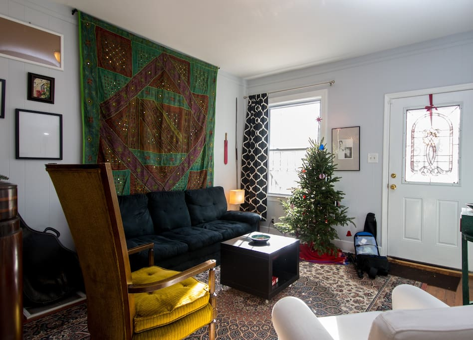 Our sunny front room... curl up with a book or have a game night!