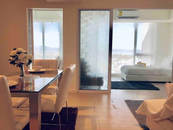 ⭐️⭐️⭐️⭐️⭐️ BEST VALUE 2 BEDROOM MALDIVES PENTHOUSE UNIT