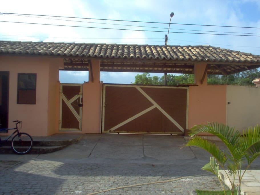 Guarita de Porteiro e Portas de Entrada