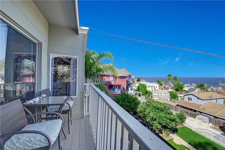 Cozy 2 Bedroom Home with GOLF CART, Stunning View, Balcony, Grill, Wifi - 124 Hiawatha