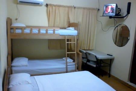 Frido's Apartments - Oranjestad - Huoneisto