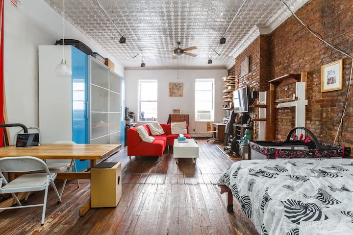 Loft on the Bowery w/roofdeck