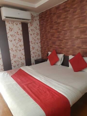 HOTEL AAVKAR @ PRIVATE ROOM