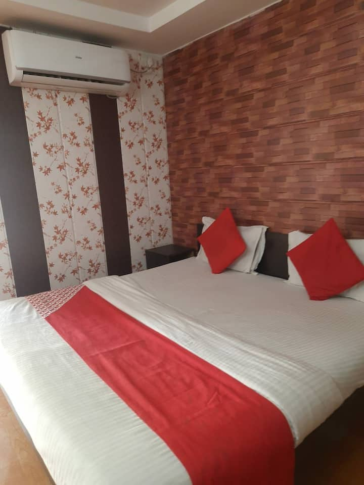 HOTEL AAVKAR @ PRIVATE ROOM