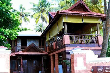 Modern Two Bedroom accommodation near Cherai Beach - Ernakulam