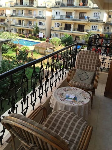 1 BHK Spacious Apartment with Pool in Calangute
