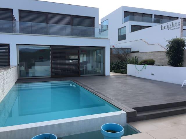 Wonderful villa,private swimming pool and sea view