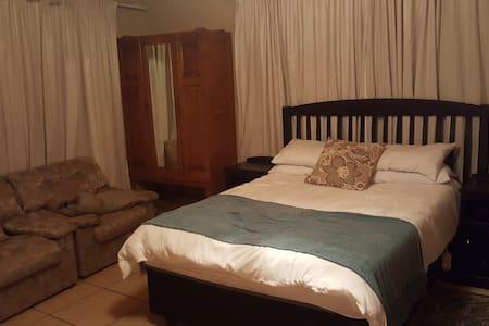 Overnight accommodation near hospital