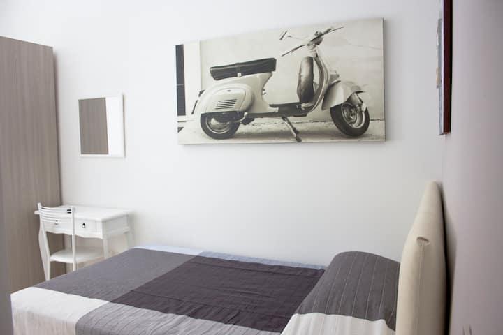 Cosmopolitan - Roma Termini Suites 5