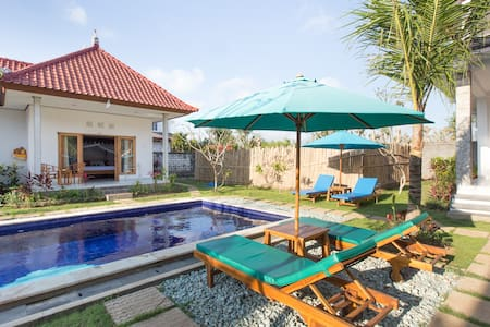 Clean Cozy rooms by Surf Beach - South Kuta