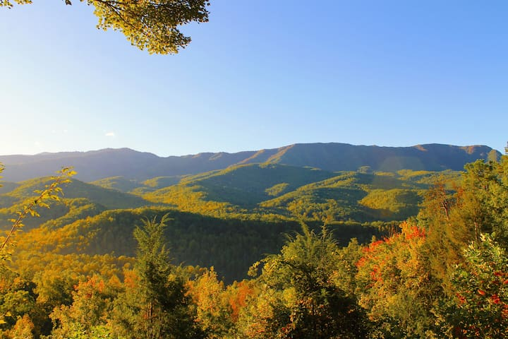 What A View - Jaw dropping views of the Smokies - Gatlinburg - House