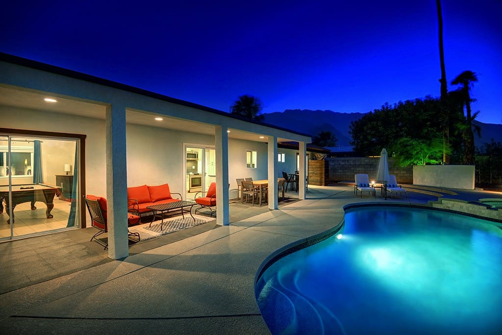 COVERED PATIO TO MOUNTAINS NIGHT - VISTA RANCH HIDEAWAY - PALM SPRINGS VACATION RENTAL POOL HOME