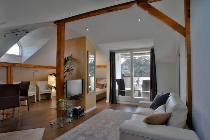 2 Zi-Deluxe-Dachwohnung BEAUVILLA, Langzeitmiete
