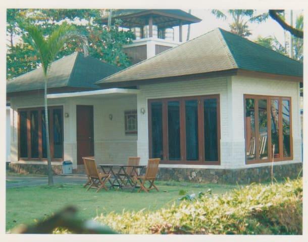 Villa C, 2 Kamar Pribadi - Carita - Vila