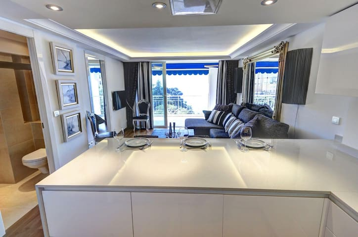 New, sleek apartment great location - Cap-d'Ail - Departamento