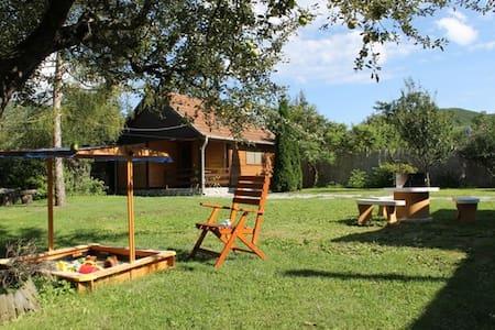 Szilvásvárad Camping - Apartmanház - Hus
