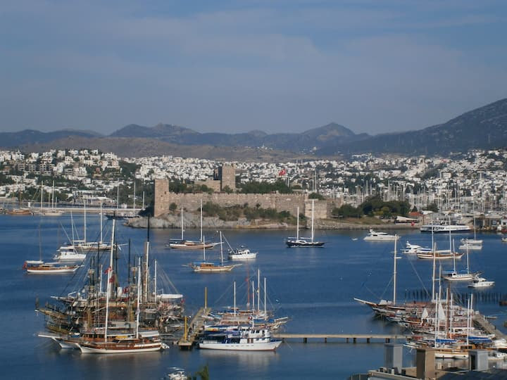 Relax and Enjoy Central Bodrum.