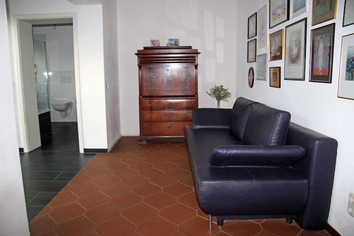 Zimmer im 2-Familienhaus