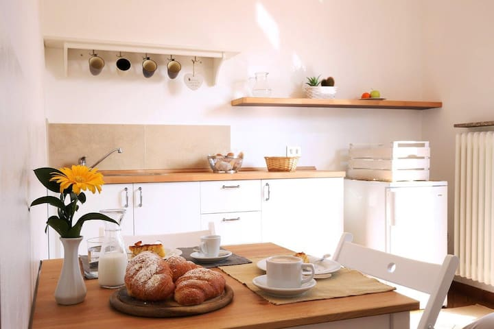 "Mini appartamento ""Latte e Miele"" near Malpensa - Cardano Al Campo - Bed & Breakfast"