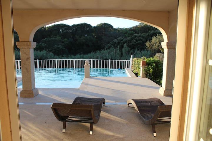 Appartement dans Villa à proxi du centre et plage