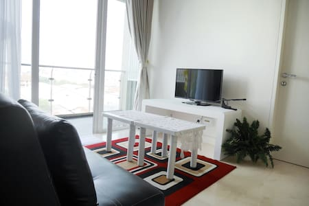 2BR Apt in City (Landmark Residence, 23 paskal)