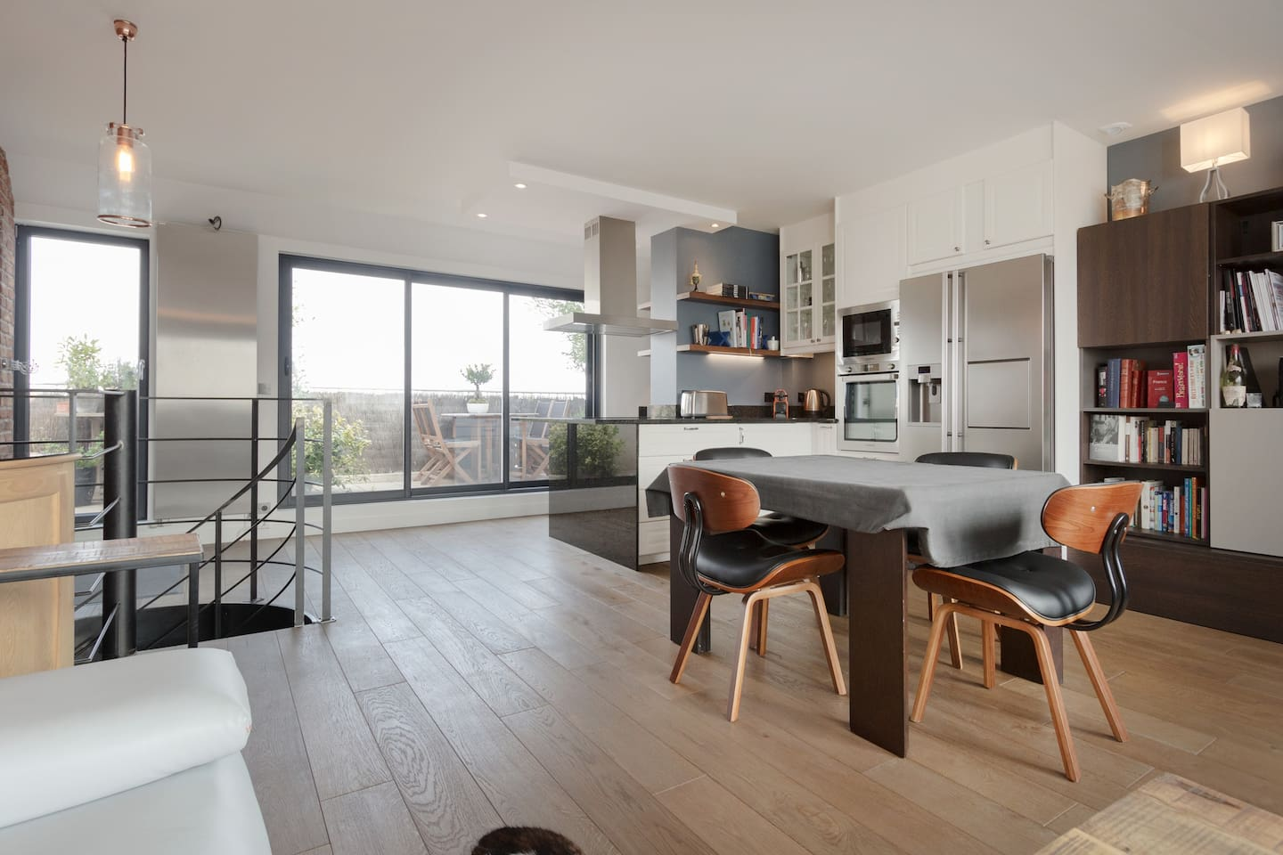 Living space and open kitchen