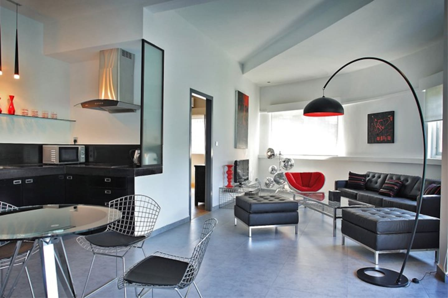 Living area - Open kitchen