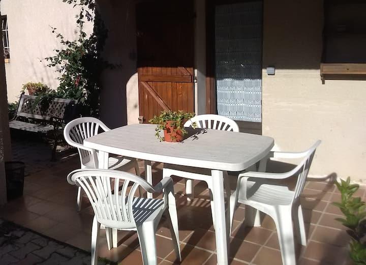 Le relais en Provence, studio avec terrasse